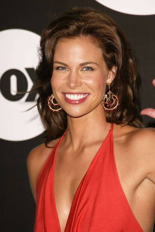 brooke burns smile