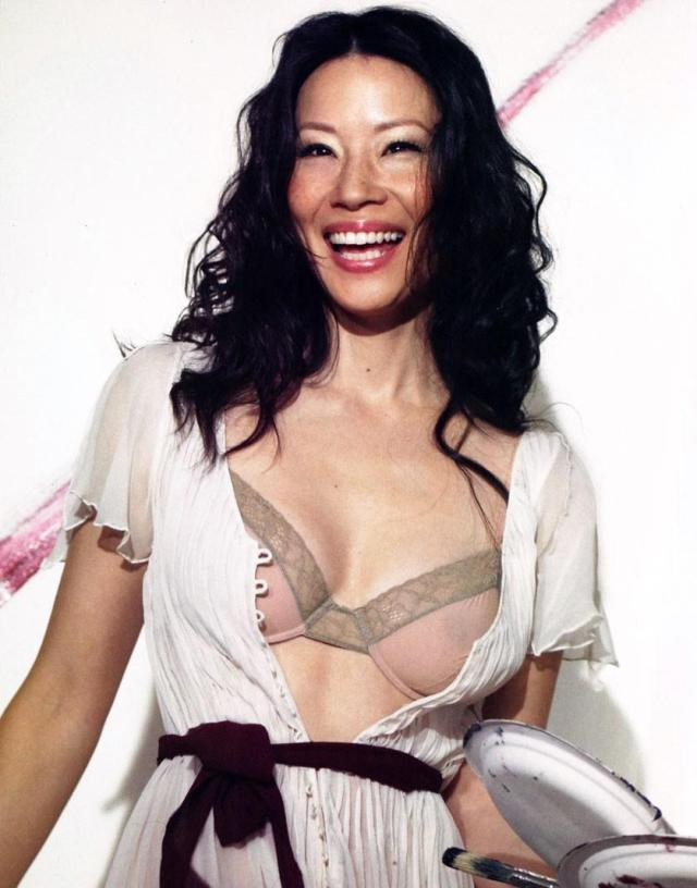 lucy liu cleavage
