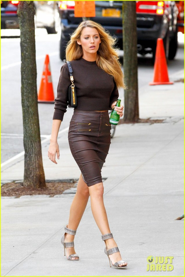 Blake Lively strikes a pose in the Big Apple