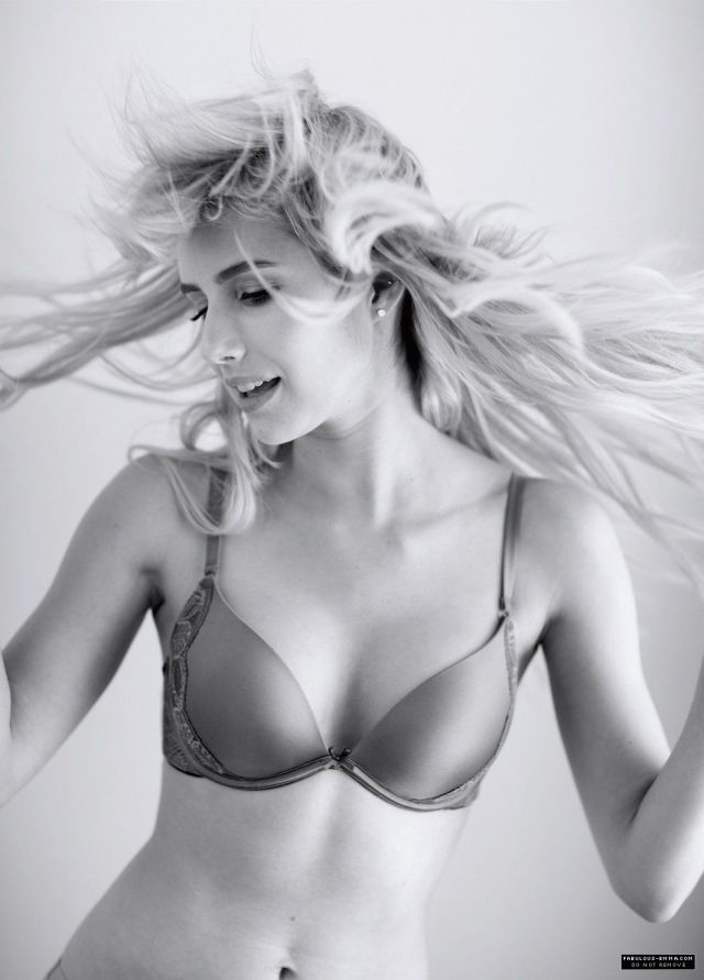Emma Roberts Lingerie Sexy