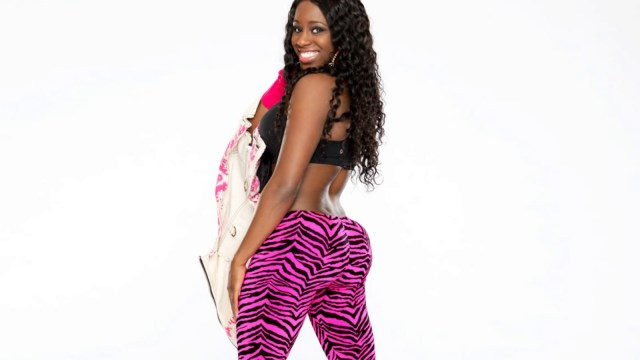 Naomi Hot Butt Pictures
