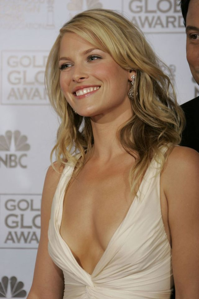 ali larter cleavage pictures