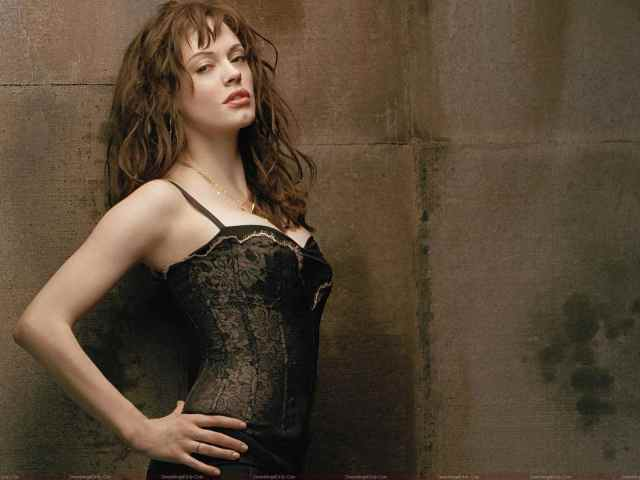 Rose McGowan Hot Pictures