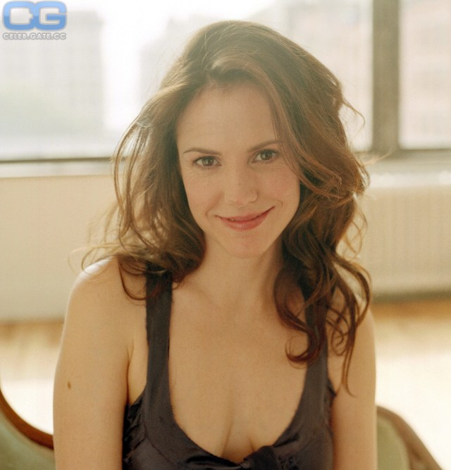 Mary-Louise Parker Smile