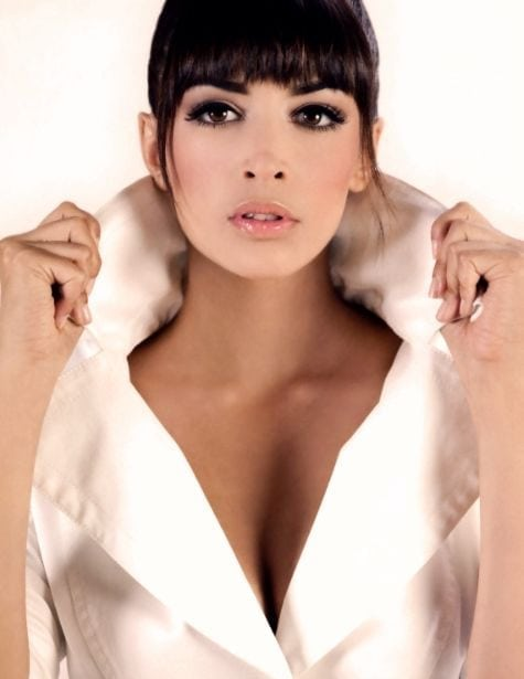 Hannah Simone Hot pictures
