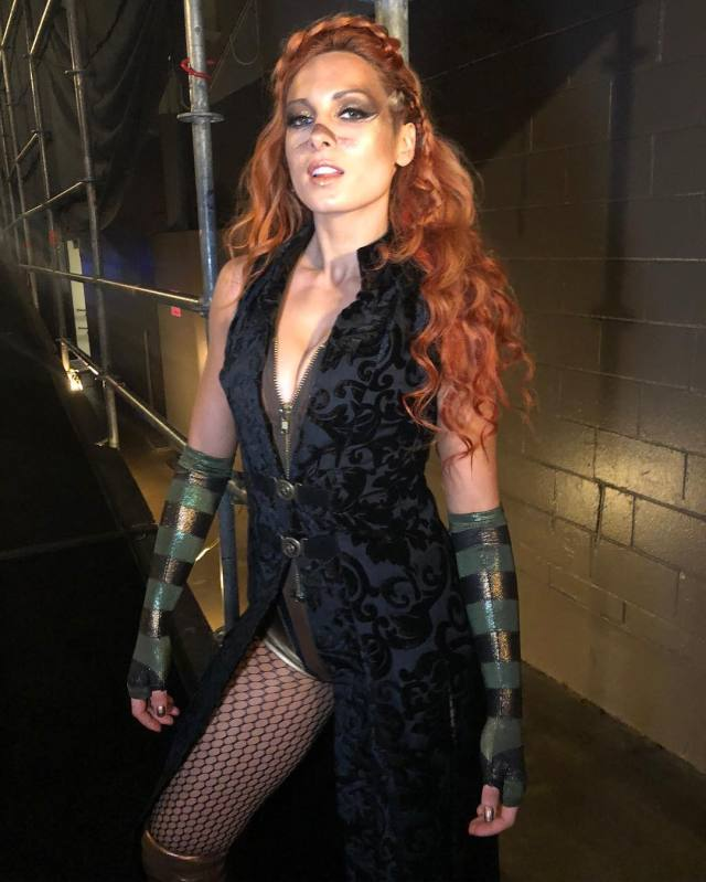 becky lynch cleavage