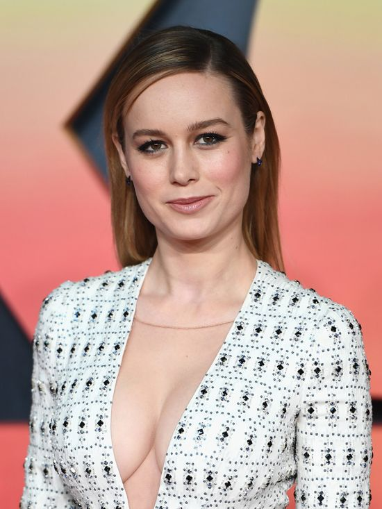 brie larson hot cleavage