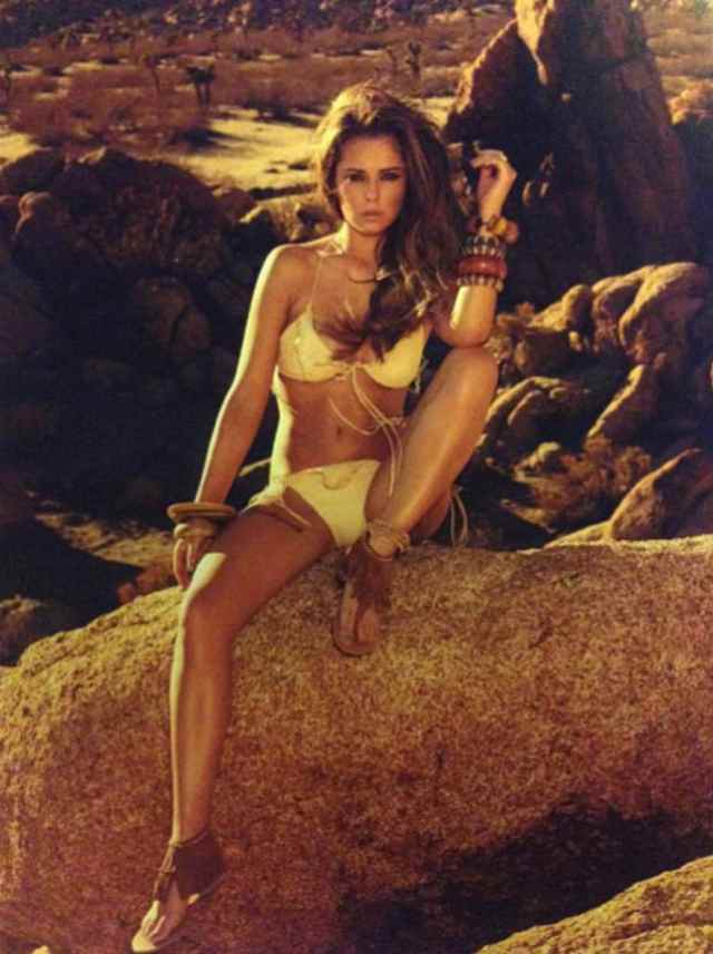 cheryl cole beach pictures