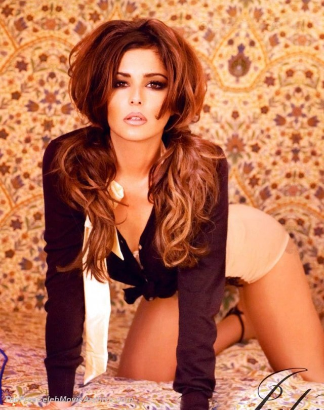 cheryl cole looking hot