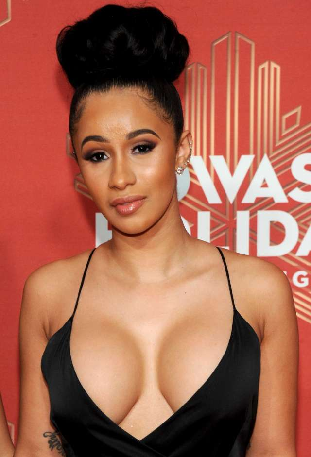 cardi b hot pictures