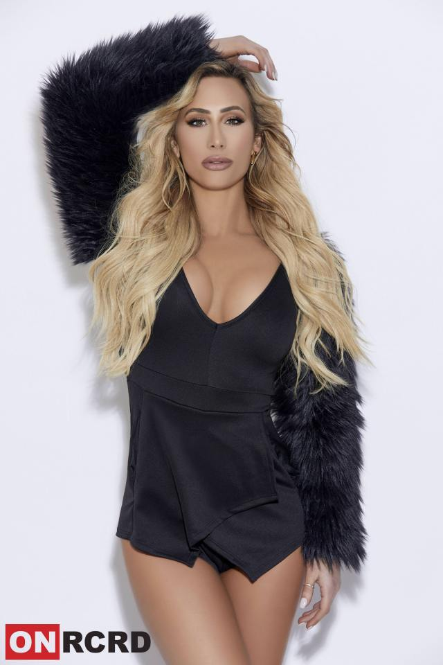 carmella cleavages sexy