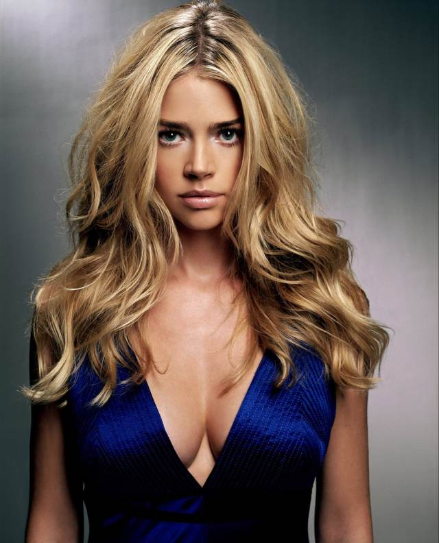 denise richards cleavage