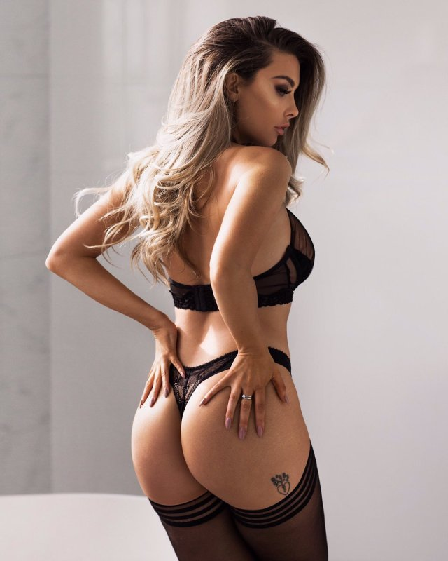emily sears ass pictures