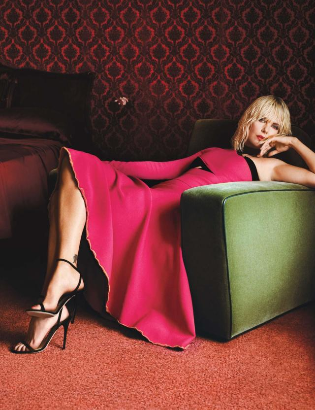 Charlize Theron Sexy Feet in high heels