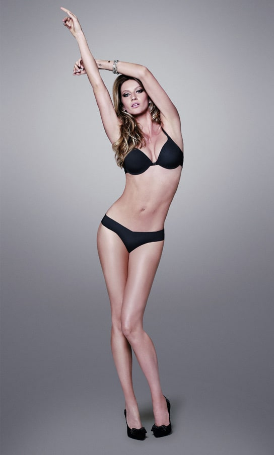 Gisele Bündchen feet sexy pictures
