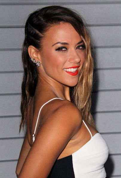 Jana Kramer Hot