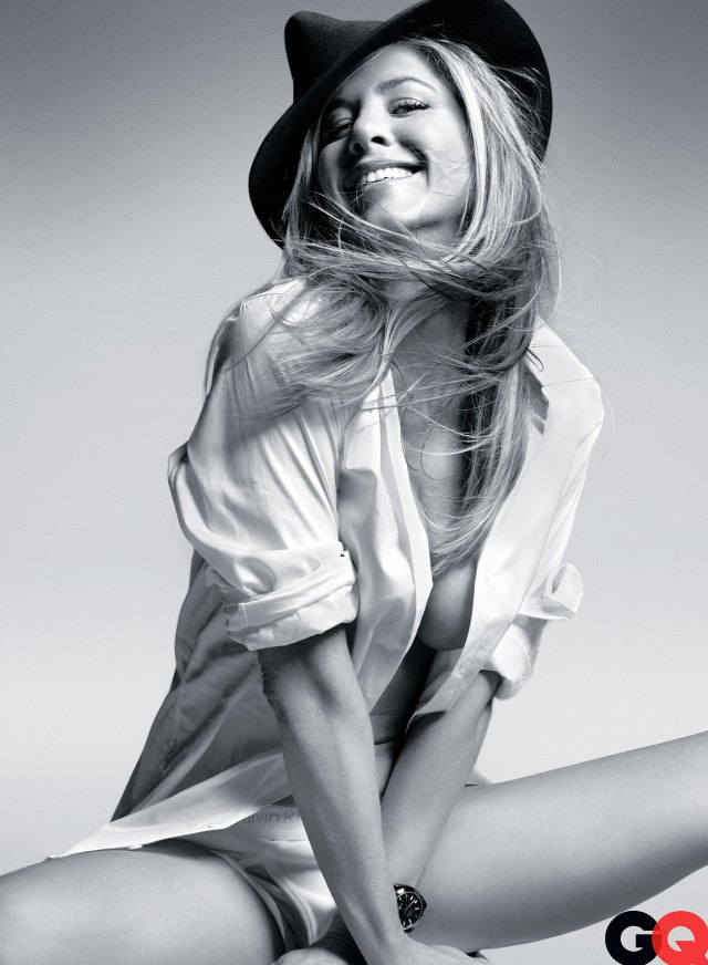 Jennifer Aniston Hot Photoshoot