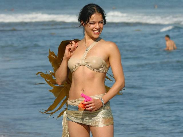 Michelle-Rodriguez-on-Photoshoot-