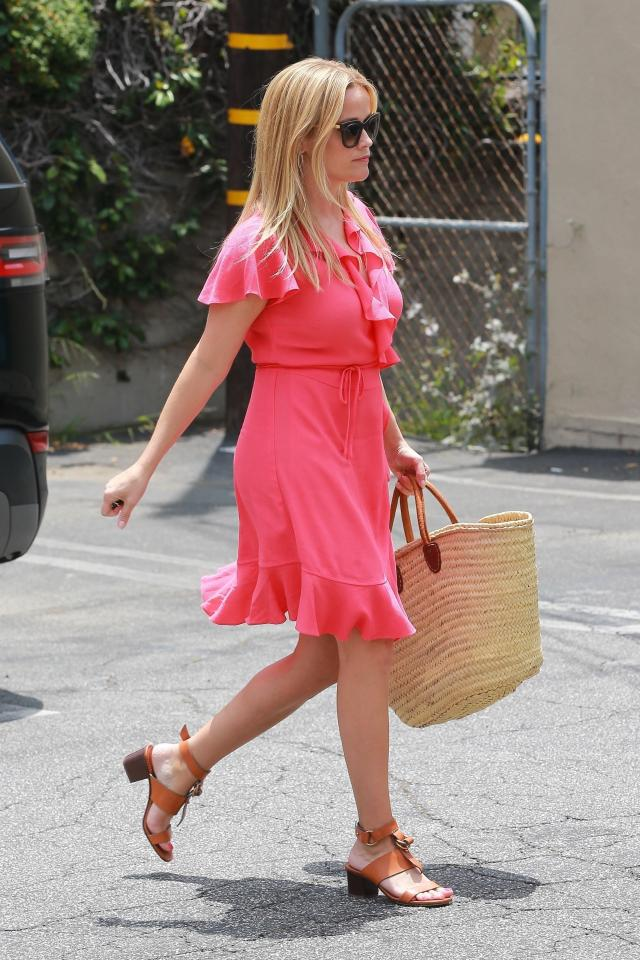 Reese Witherspoon feet beautiful