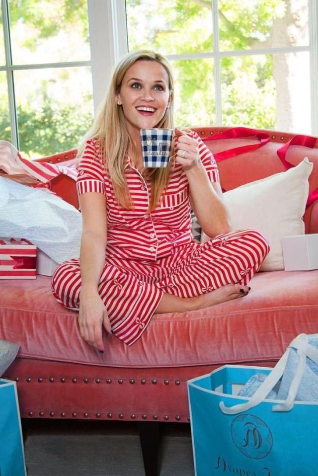 Reese Witherspoon feet