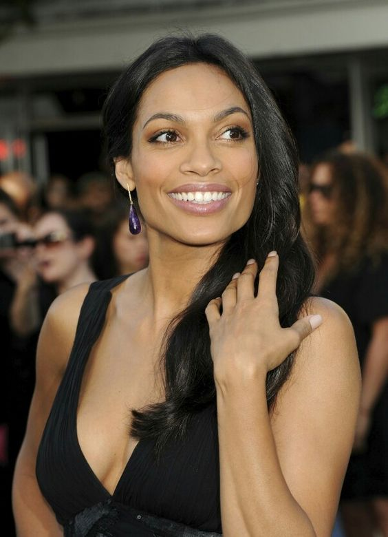 Rosario Dawson Sexy Boobs