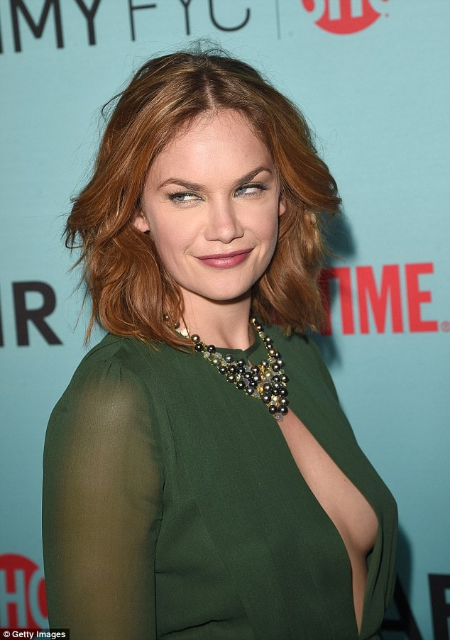 Ruth Wilson cleavage in green