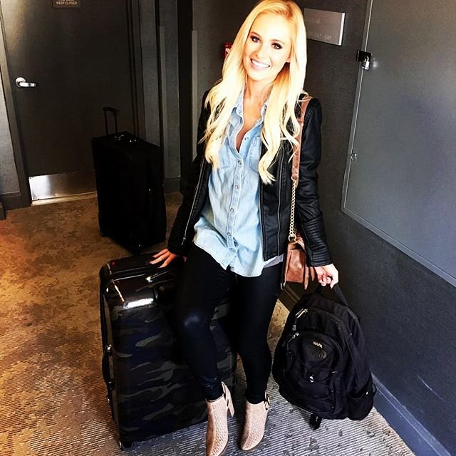 Tomi Lahren with Luggage