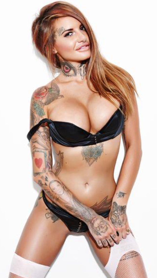 jemma lucy hot cleavages