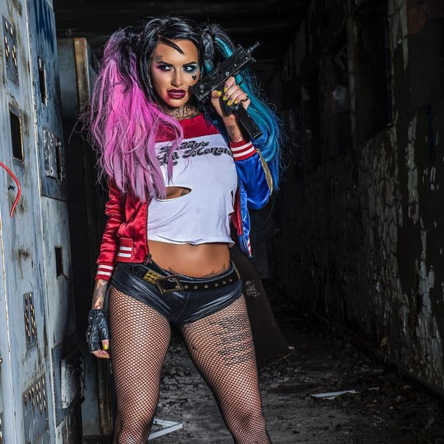 jemma lucy thighs