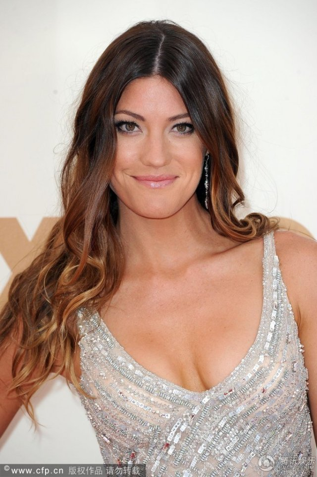jennifer carpenter sexy cleavage pics