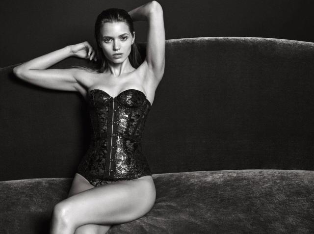 Abbey Lee Kershaw sexy black and white pic
