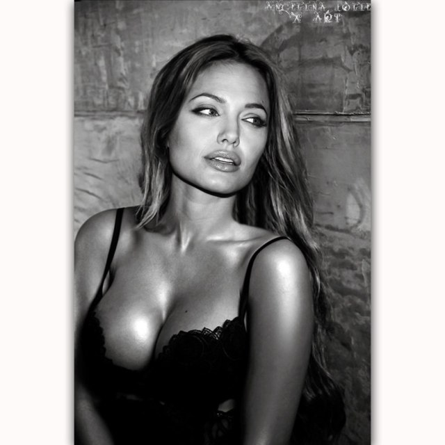 Angelina Jolie cleavages hots