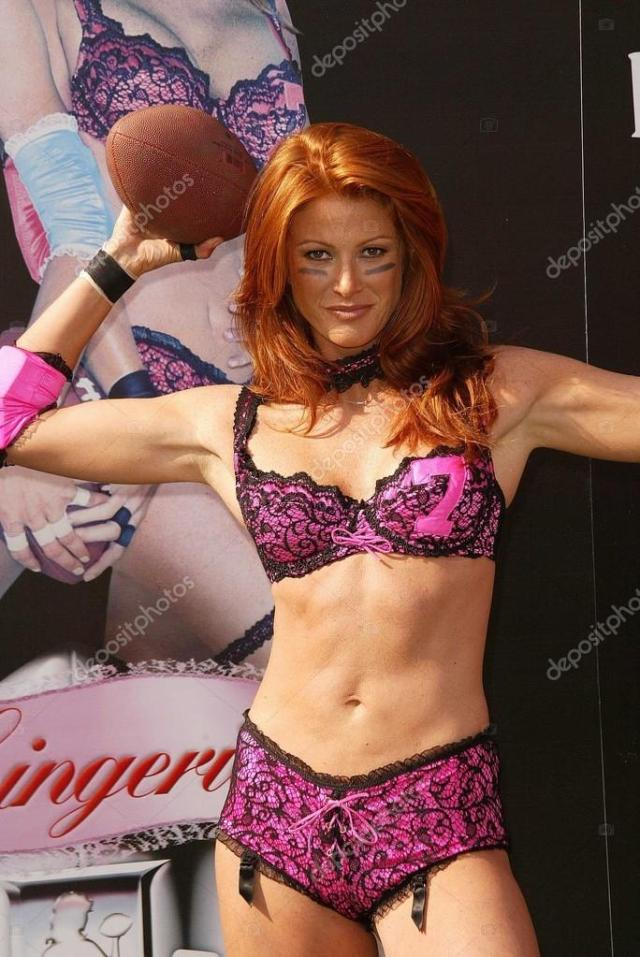 Angie Everhart too hot and sexy