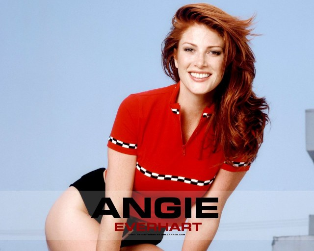 Angie Everhart too hot pic