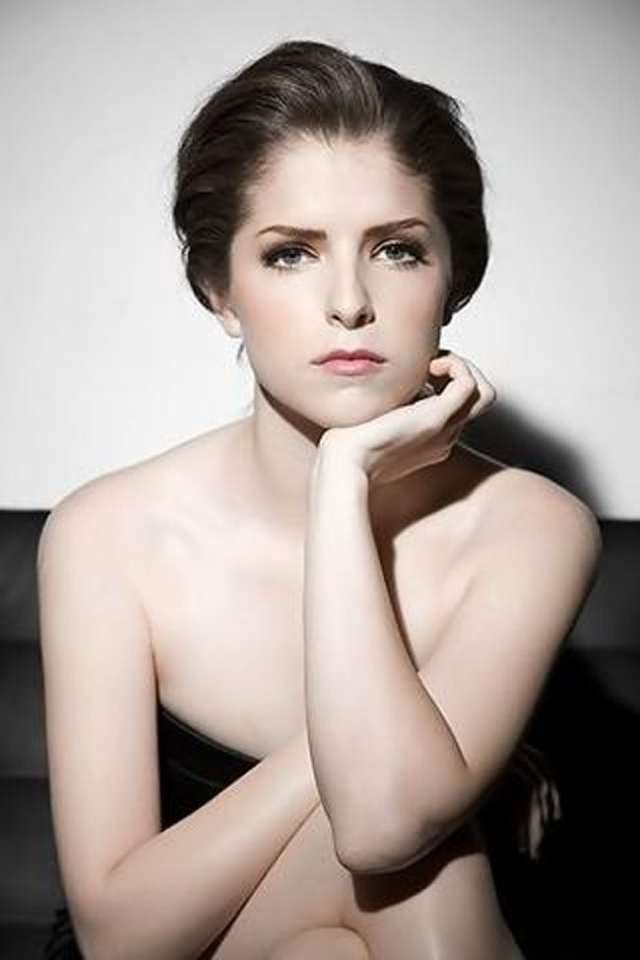 Anna Kendrick awesome pictures