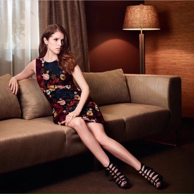 Anna Kendrick legs awesome