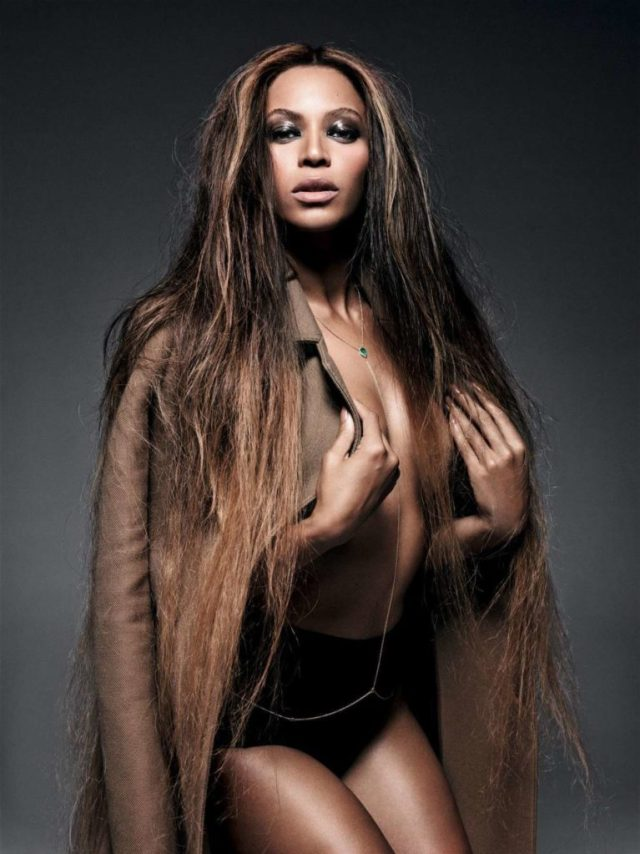 Beyonce boobs photo