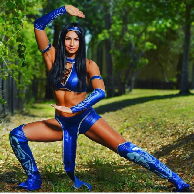 Billie Kay legs awesome pictures