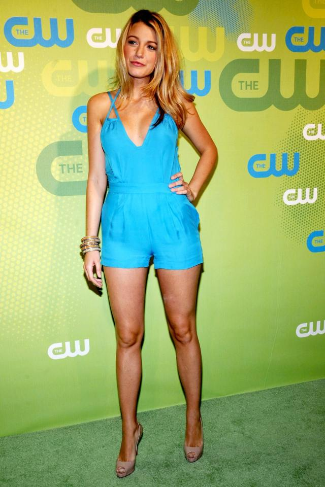 Blake Lively sexy legs pic