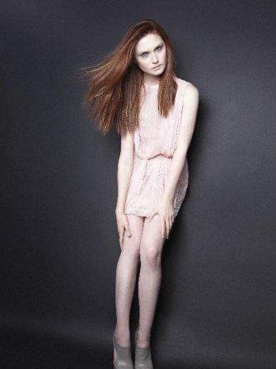 Bonnie Wright very sexy picture