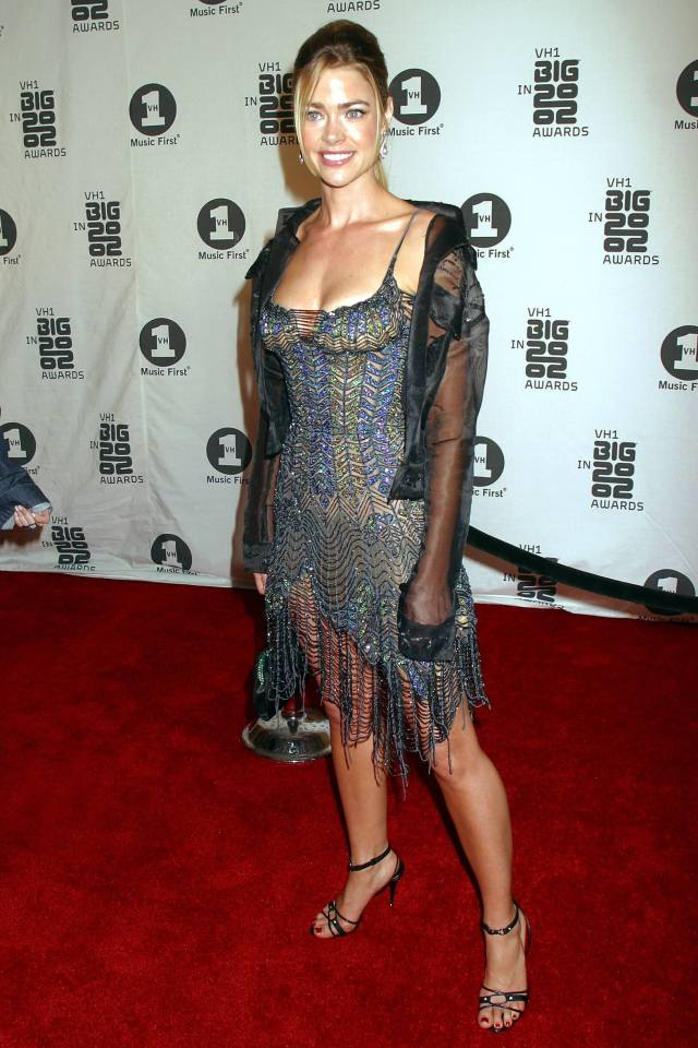 Denise Richards hot cleavage