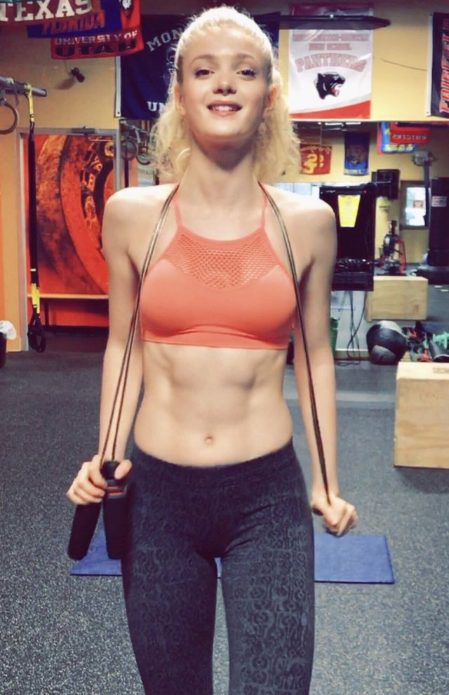 Elena Kampouris hot pictures