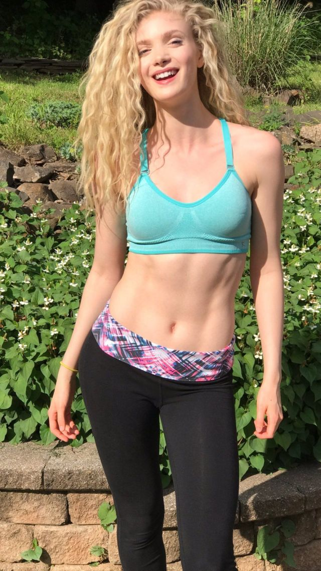 Elena Kampouris sexy cleavages
