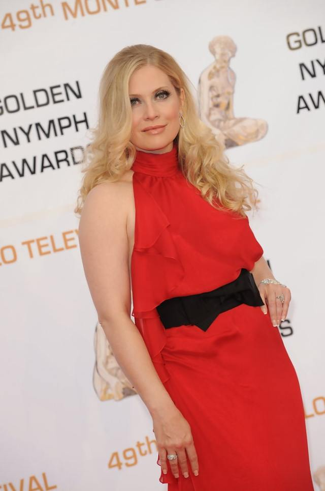 Emily Procter red hot look