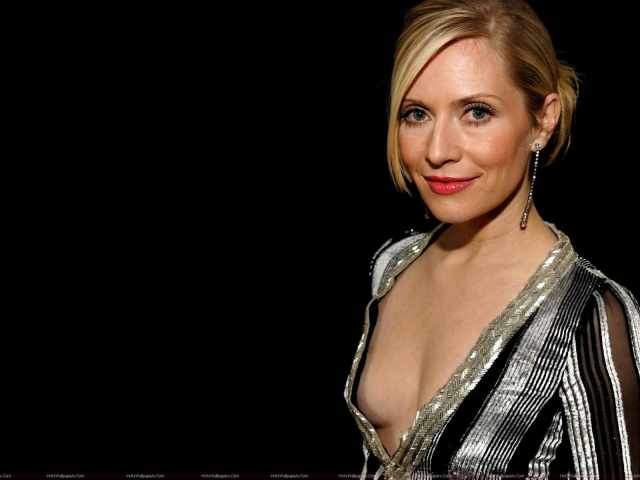 Emily Procter sexy cleavage