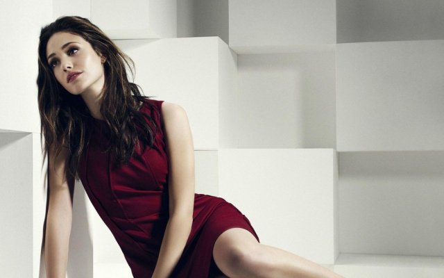Emmy Rossum hot lady picture