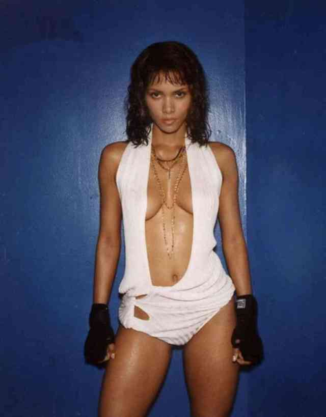 Halle Berry Sexy Boobs Pictures on White Dress