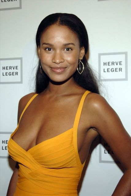 Joy Bryant Sexy Boobs