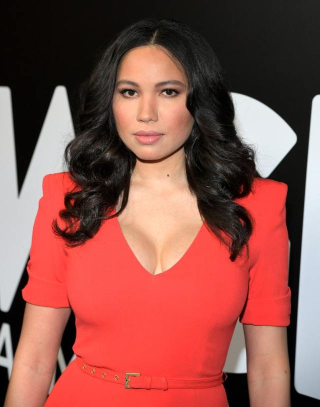 Jurnee Smollett-Bell awesome cleavage