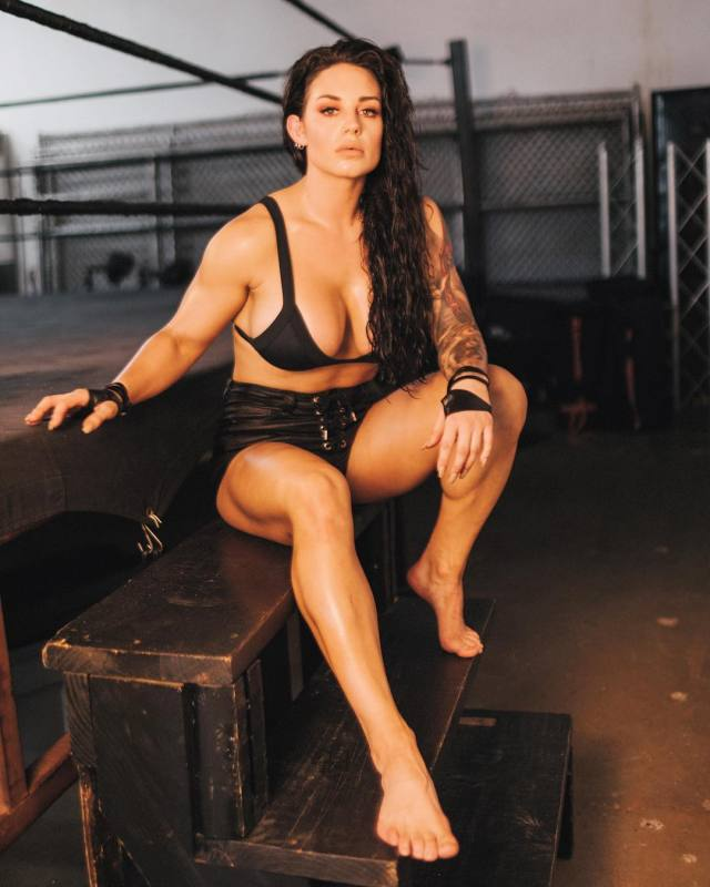 Kaitlyn Sexy Toes